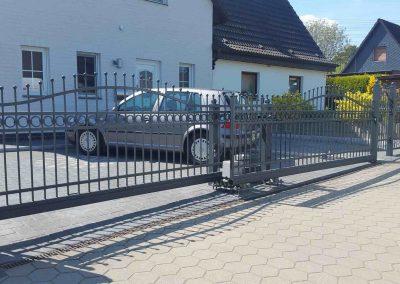 Schiebetor_mit_Elektroantrieb_Hamburg_7